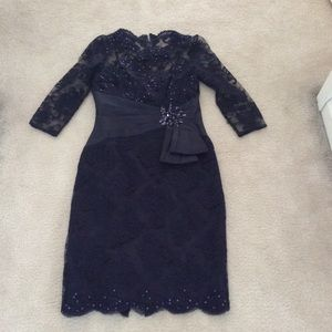 Gorgeous special occasion Teri Jon bead lace dress